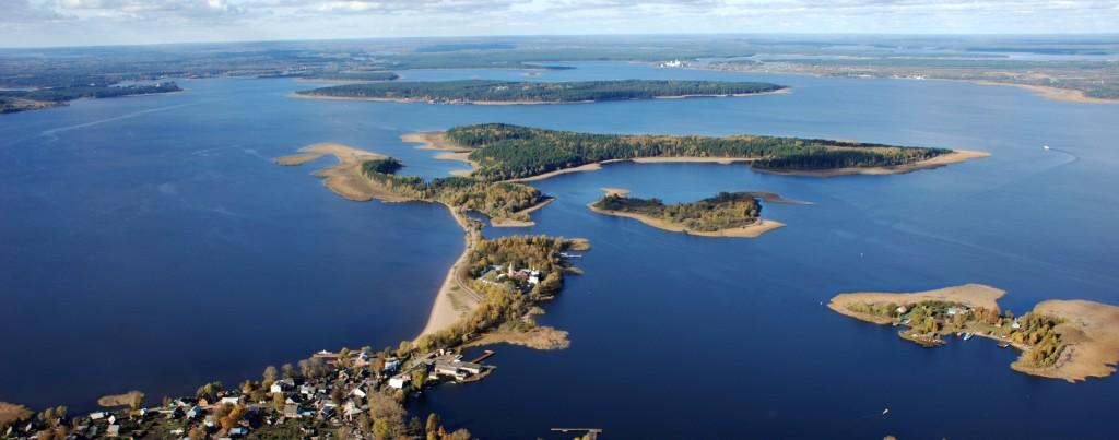 Монастырь, что на озере Селигер