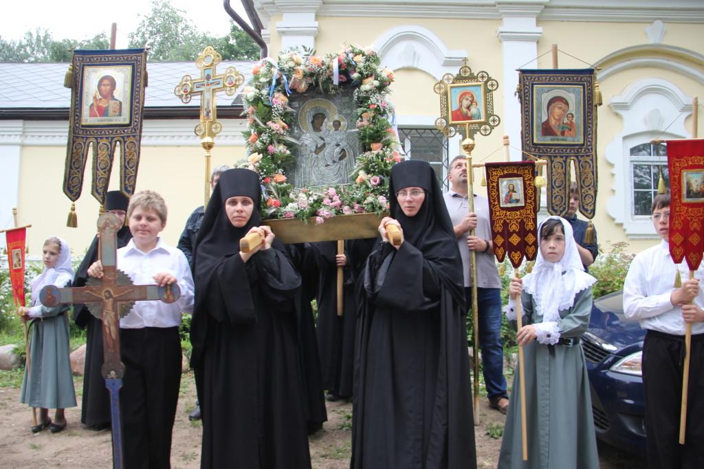 Покровительница нашей Святой обители