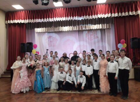 Встреча Митрополита Амвросия и бал для выпускников